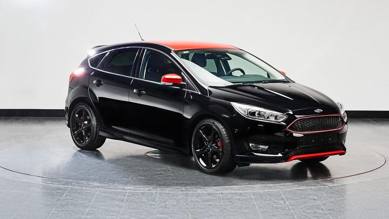Custom Interior Ford Focus 2016   Black Leather & Alcantara