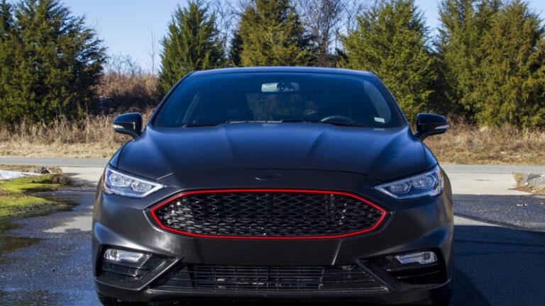 Ford Fusion 2018 – Black Leather & Alcantara